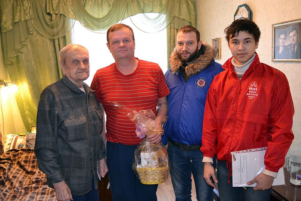 Поздравление ветеранов ВОВ с Рождеством Христовым