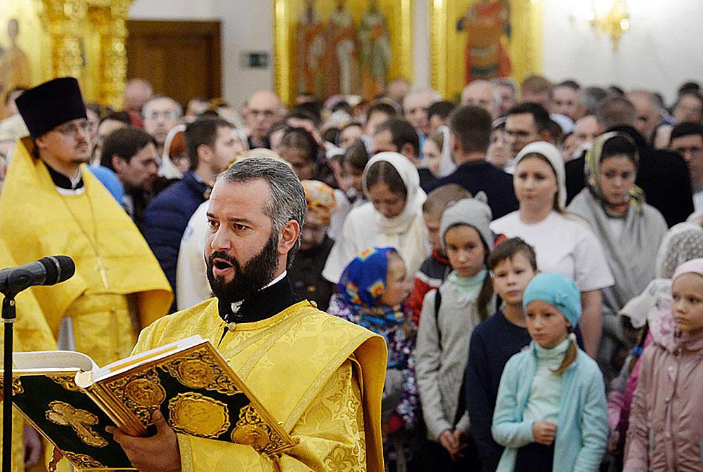 Во всех храмах Русской Церкви будут молиться о сохранении единства православия