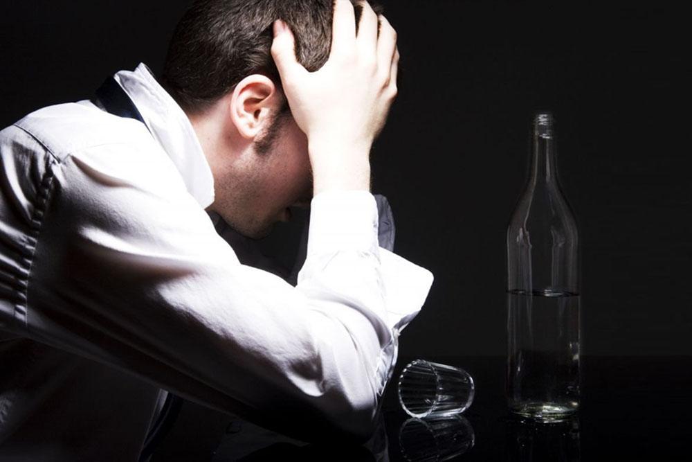 Разница между пьянством и алкоголизмом связана с генами